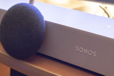 głośnik sonos asystent google