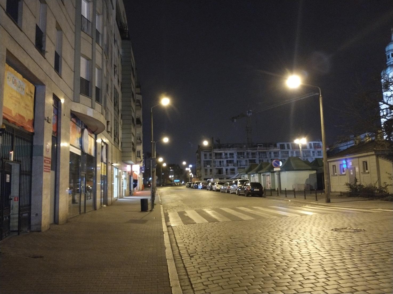 Motorola Moto G8 Power Poznań noc